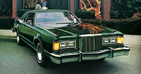 1977_Mercury_Cougar