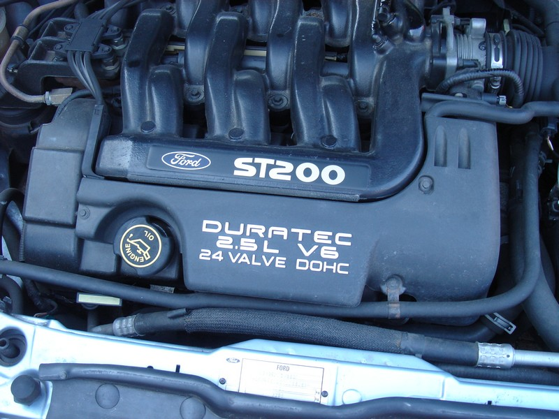 Ford Cougar ST200 2.1